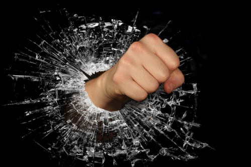 5-reasons-your-competitors-smash-their-b2b-sales-targets-while-you-struggle